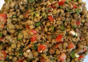 Tavuklu-Yesil-Mercimek-Salatasi